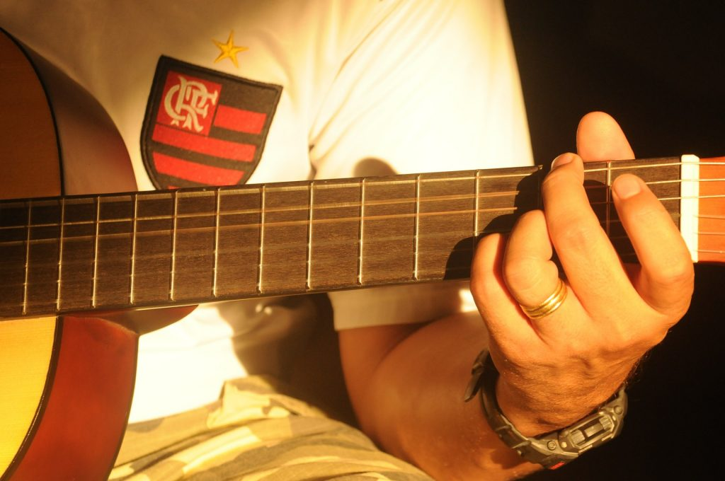 guitar acoustic lessons for beginners 2