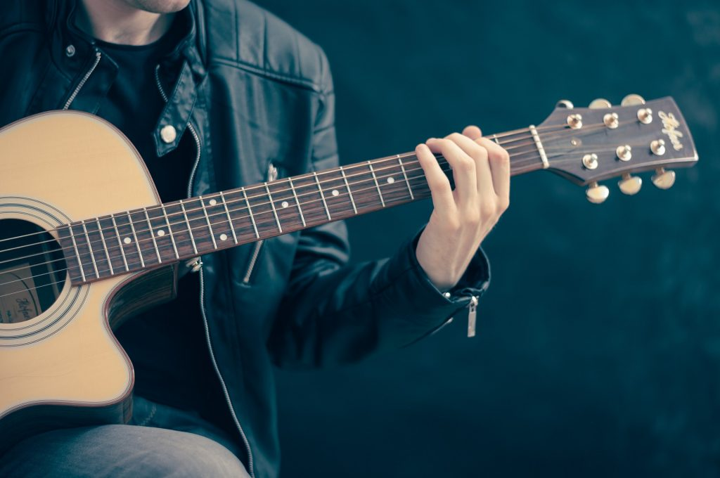 guitar acoustic lessons for beginners 5