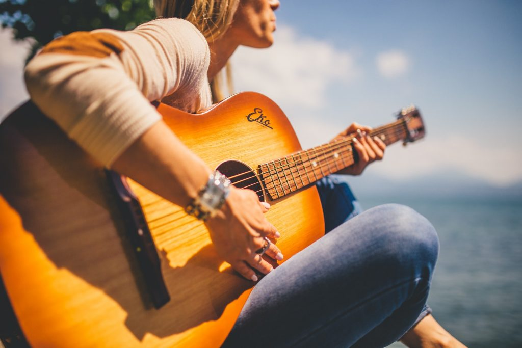 guitar acoustic lessons for beginners 6