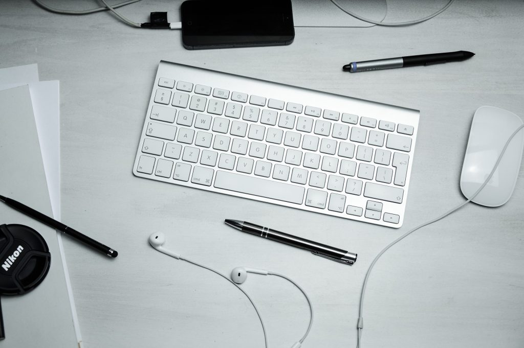 wireless keyboard with mouse 1